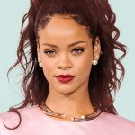 Rihanna misses out on huge opportunity to continue Kaepernick's protest